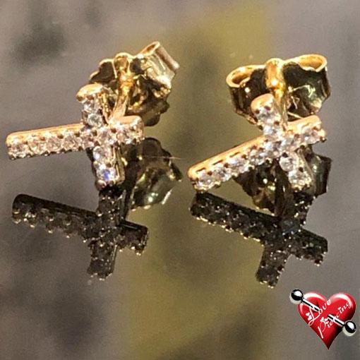 Cruz com mini cristais - Semi Joias - Pequeno - Orelha - Dourada